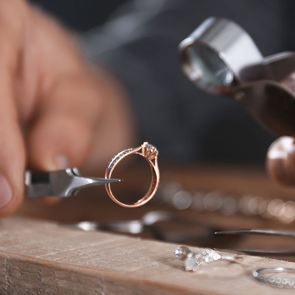 jewelry tips & tricks - Sanborn's Jewelers
